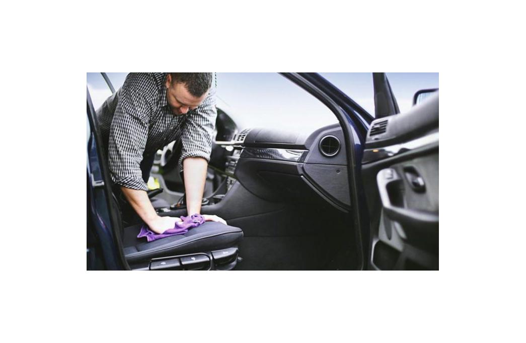 Como mantener el interior del coche limpio